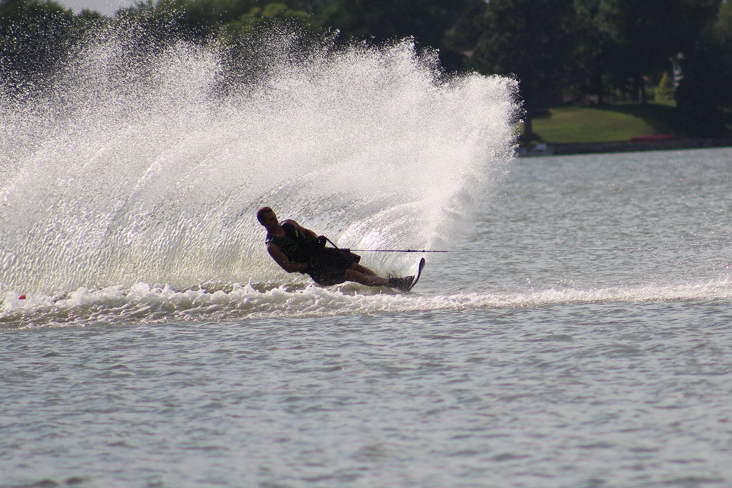 man water-skiing