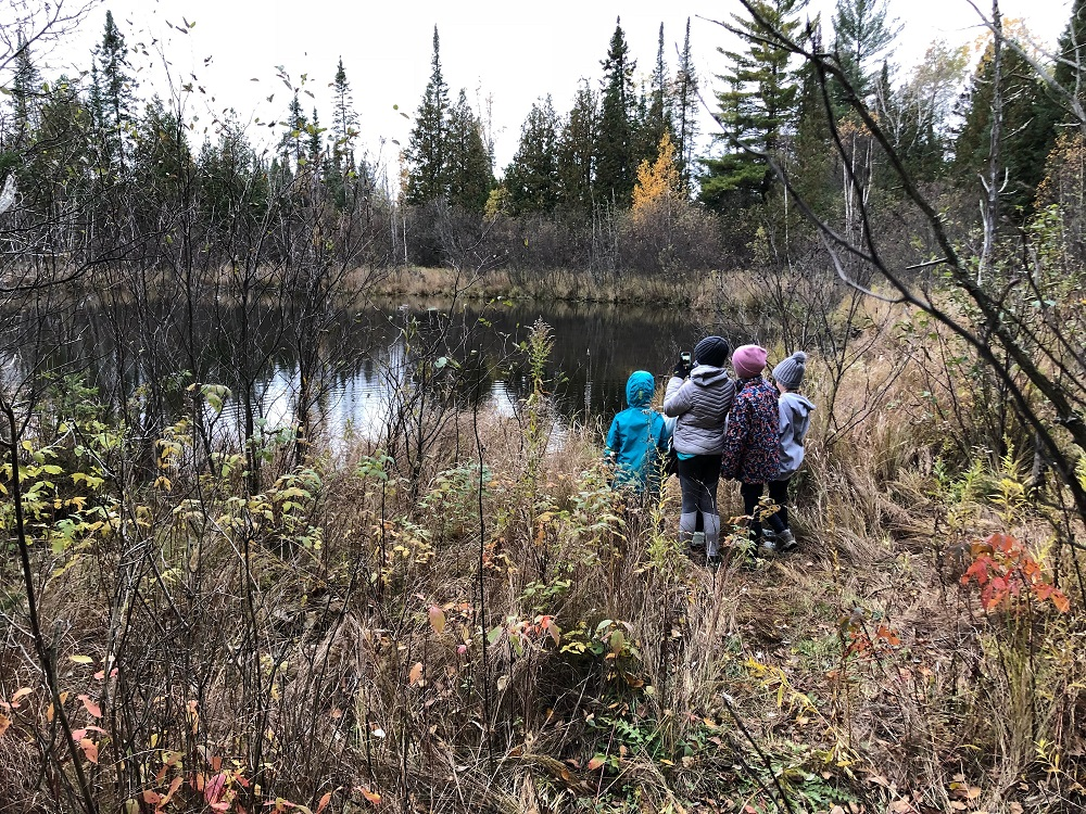 daughters-and-nieces-at-cabin